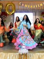 Единственный в городе Ансамбль цыганской песни «Энтором» завершил торжественное мероприятие